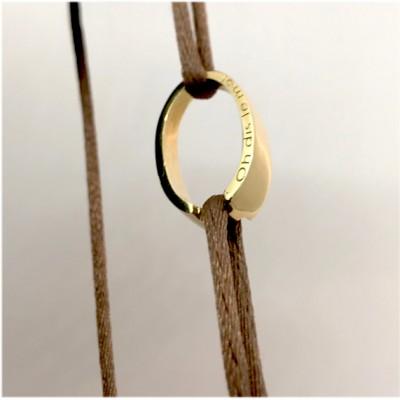bracelet cordon or jaune