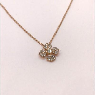Chaîne or rose avec son pendentif or et diamants