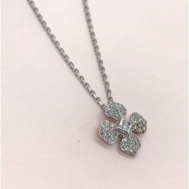 Collier Ohdislemoi-Joaillerie avec sa chaîne en or blanc et son pendentif serti de diamants