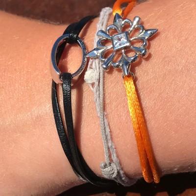 """Bracelet design""""OH"""", en argent 925, Ohdislemoi-Paris cordon noir et bracelet 4Lys, cordon orange"""